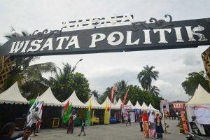 kliping wisata politik